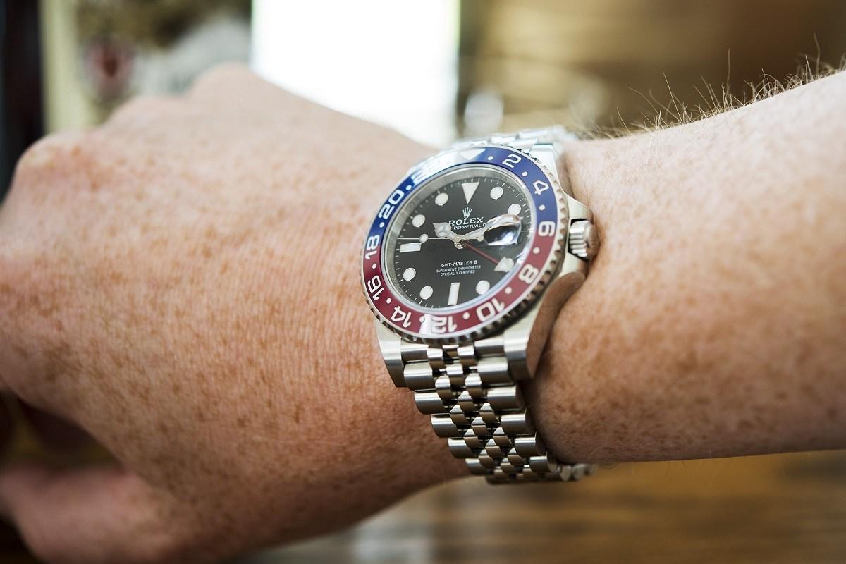 Replicas -Rolex-ad
